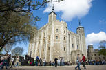 Family-Friendly Tower of London Tour Including Thames River Cruise