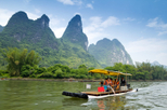 Li River Cruise and Yangshuo Countryside Day Trip from Guilin
