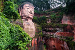 Private Tour: Giant Panda Research Center and Leshan Giant Buddha Day Trip from Chengdu Including Bullet Train