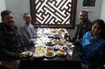 City Tour with Vegetarian Lunch Cooked in Pagoda by Buddhist Nuns