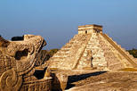 Private Tour: Chichen Itza Aboard Deluxe Van with Lunch