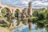 Besalú and Medieval Towns Small Group Tour From Barcelona with Hotel Pick-Up