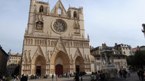Private Tour: Theatrical Visit of Old Lyon With Wine and Cheese Tasting, Lyon, Walking Tours