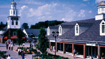 Woodbury Common Premium Outlets Shopping Tour from Manhattan, New York City, Shopping Tours