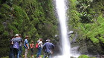 Private Tour: Horseback Riding Waterfall and Rainforest Hike Adventure in El Castillo, La Fortuna