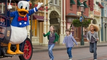 Disneyland Resort Paris med transport, Paris