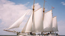 8-Day IJsselmeer Sail and Bike Adventure from Amsterdam, Amsterdam, Multi-day Cruises