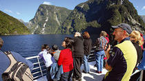 Crucero por las tierras vírgenes de Doubtful Sound desde Queenstown, Queenstown, Day Cruises