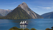 Milford Sound Mariner Overnight Cruise from Queenstown, Queenstown, Multi-day Cruises