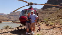 4 i 1: den ultimata helikopterturen till Grand Canyon, Las Vegas, Helicopter Tours