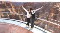 Sla de wachtrij over: Expres-helikoptervlucht naar de Grand Canyon Skywalk, Las Vegas, ...