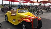 Self-Guided Santa Monica Tour in a California Roadster Rental , Los Angeles, City Tours