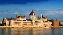 Budapest Combo: Hop-On Hop-Off Tour, Sightseeing Cruise on the Danube, coffee and cake in...