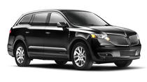 Limousine or Town Car Sedan from LAX Airport to Hollywood or Los Angeles Proper, Los Angeles,...