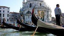 Private Tour: Venice Gondola Ride with Serenade, Venice