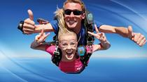 Batemans Bay 15,000-Feet Tandem Skydive, New South Wales, Adrenaline & Extreme