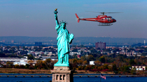 Private Tour: Manhattan Rundflug mit dem Hubschrauber, New York City