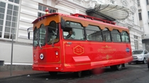 Quito Hop-On Hop-Off Trolley Tour with Optional Middle of the World Monument Visit, Quito