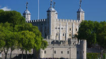 Tower of London Entrance Ticket Including Crown Jewels and Beefeater Tour, London, null