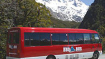 Full-Day Milford Sound and Fiordland National Park Tour including Milford Sound Cruise and BBQ...