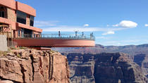 Grand Canyon West Rim Combo: Luxury SUV, Helicopter and Boat, Las Vegas, Helicopter Tours