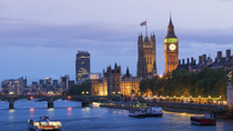 Londoner Bootstour am Abend auf der Themse, London, Day Cruises