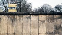 Private Walking Tour: Behind the Iron Curtain and Berlin Wall, Berlin