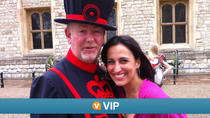 Viator VIP: Exclusive Access to Tower of London and St Paul's Cathedral with Lunch, London