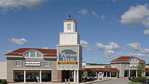 Traslado de ida y vuelta a Wrentham Village Premium Outlets desde Boston, Boston, Shopping Tours