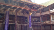 Besichtigung und Ausstellung in Shakespeares Globe Theatre, London, Literary, Art & Music Tours