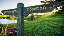 The Lord of the Rings Hobbiton Movie Set Tour from Auckland including Private Transfer, Auckland, ...