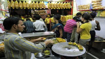Eat Like a Local: Mumbai Street Food Tour by Night, Mumbai, Private Tours