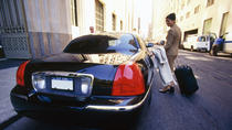 Private Arrival Transfer: Montreal Airport to Hotel, Montreal
