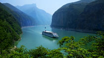 5-Day Yangtze River Cruise from Yichang to Chongqing Including the Three Gorges Dam, Yangtze River