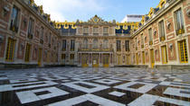 Viator Exclusive: Versailles and Marie-Antoinette Estate Tour plus Optional Dalloyau Meal, Paris