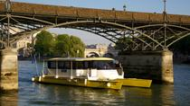 Medieval Paris: Seine River Cruise and Dinner at Nos Ancêtres les Gaulois on Ile St-Louis, ...