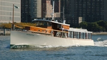 New York Holiday Brunch Cruise Aboard a 1920s-Style Yacht, New York City, Christmas