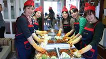 Korean Cultural Experience: Kimchi Making, Hanbok Wearing and Tea Ceremony, Seoul, Cooking Classes