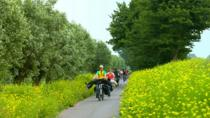 Amsterdam Countryside Bike Tour Including Cheese Tasting and Clog Demonstration, Ámsterdam