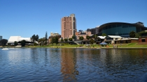 Adelaide City Tour with River Cruise and Adelaide Zoo Admission, Adelaide