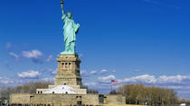Small-Group Early-Access Statue of Liberty Tour and Ellis Island, New York City, City Tours