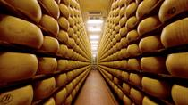 Italian Food Experience in Bologna: Parmigiano Reggiano Factory Visit, Wine and Vinegar Tasting and...
