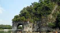 Guilin Private Day Tour: Reed Flute Cave, Seven Star Park, Fubo Hill and Elephant Trunk Hill,...