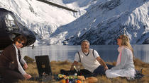 Private Picnic on a Peak with Helicopter Ride from Queenstown, Queenstown, Helicopter Tours