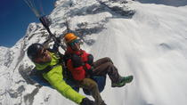 Paragliding Over the Swiss Alps from Lauterbrunnen, Lauterbrunnen, Parasailing & Paragliding