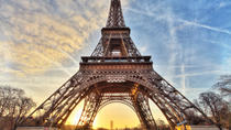 Eiffel Tower Priority Access Ticket with Host, Paris