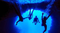 Blue Cave and Green Cave and Hvar Old Town Boat Tour with Lunch and Snorkeling from Split, Split, ...