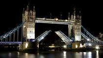 Evening Winter Illuminations Walking Tour in London, London, Literary, Art & Music Tours