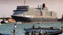 Private Departure Transfer: Water Taxi Transfer from Venice City to Cruise Terminal, Venice,...