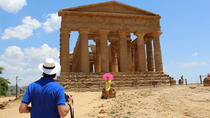 Agrigento and Siracusa Helicopter Tour including Skip the Line at the Valley of Temples, Taormina